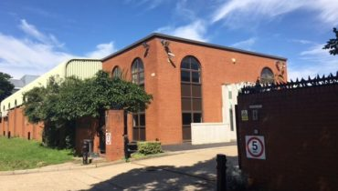Headquarters Offices / Warehouse Building with Large Yard for Parking For Sale/ Will Also Consider Letting the Building