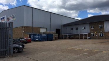 Modern Warehouse / Industrial Office Building with Large Self Contained Yard For Sale/Will Also Consider Letting the Building