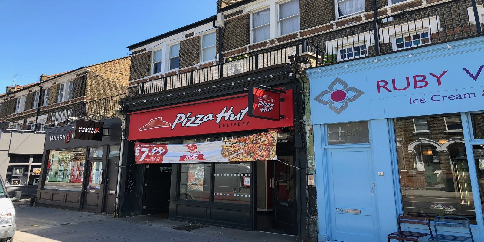 PRIME LOCATION RESTAURANT (A3)/TAKEAWAY (A5) – LEASE FOR SALE