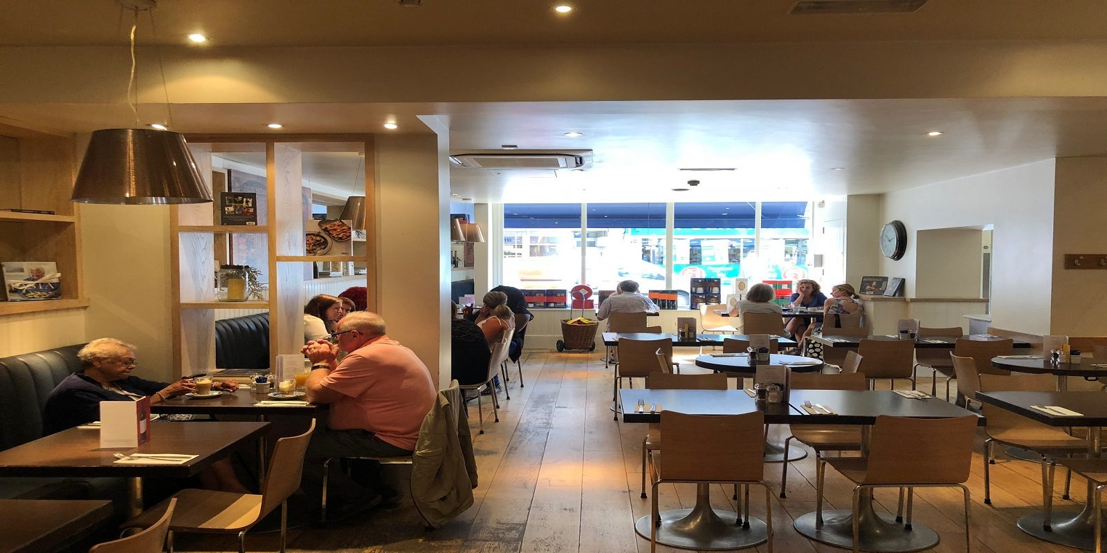 RESTAURANT/SHOP TO LET – NEW LEASE WITHOUT PREMIUM IN MUSWELL HILL