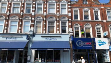 RESTAURANT WITH 3 X FLATS ABOVE – NEW LEASE WITHOUT PREMIUM IN MUSWELL HILL