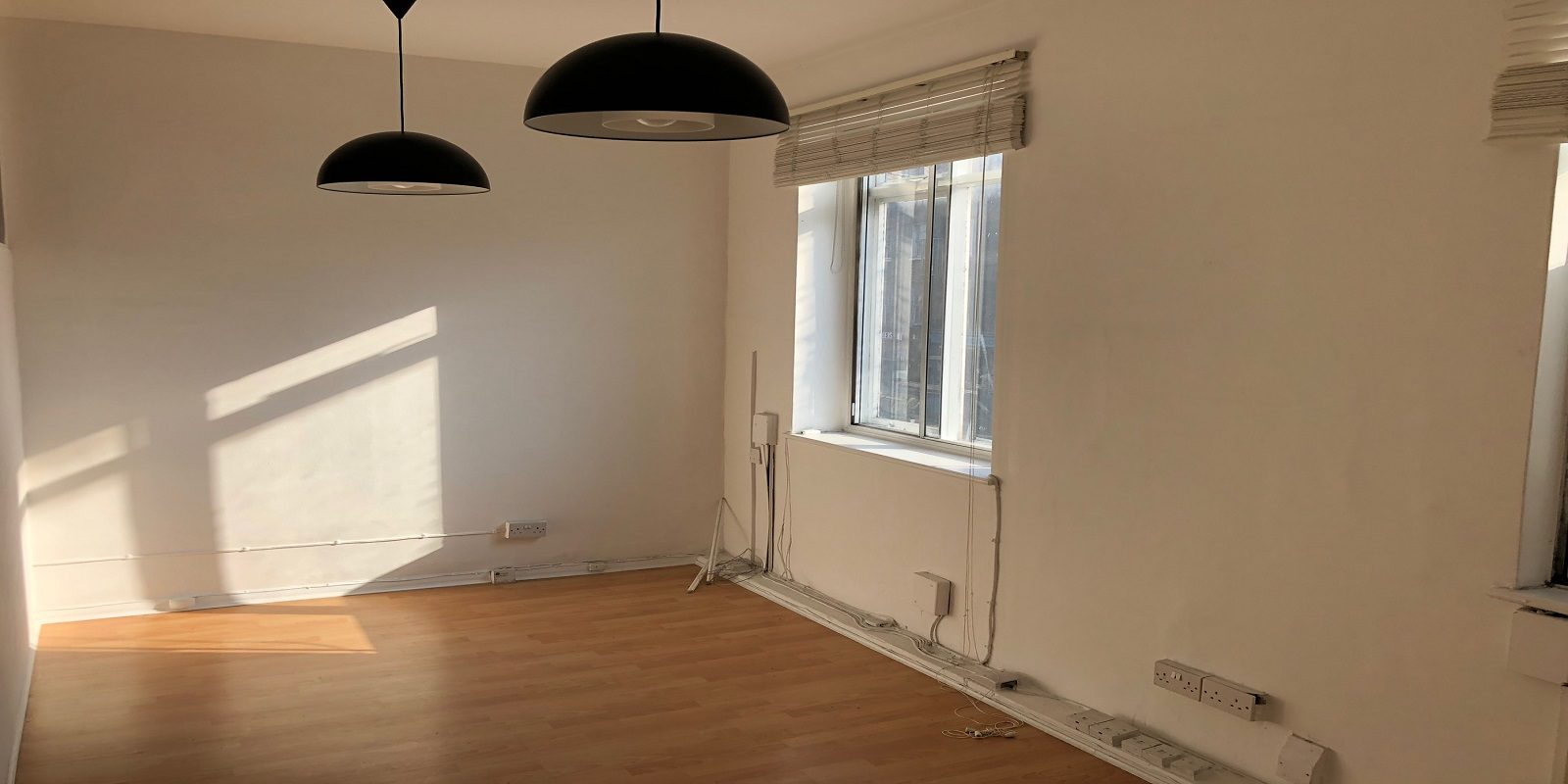 OFFICE TO LET IN CAMDEN