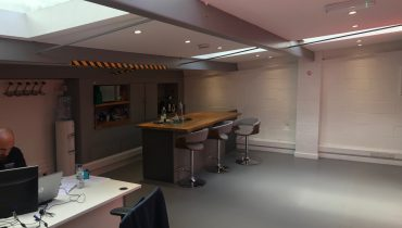 MODERN REFURBISHED B1 BUILDING – TO BE LET – CLIENT WILL ALSO CONSIDER SELLING – KENTISH TOWN BUSINESS CENTRE, NW5
