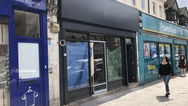 SHOP TO LET IN CAMDEN