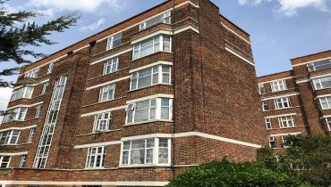2 BEDROOM FLAT FOR SALE IN MUSWELL HILL