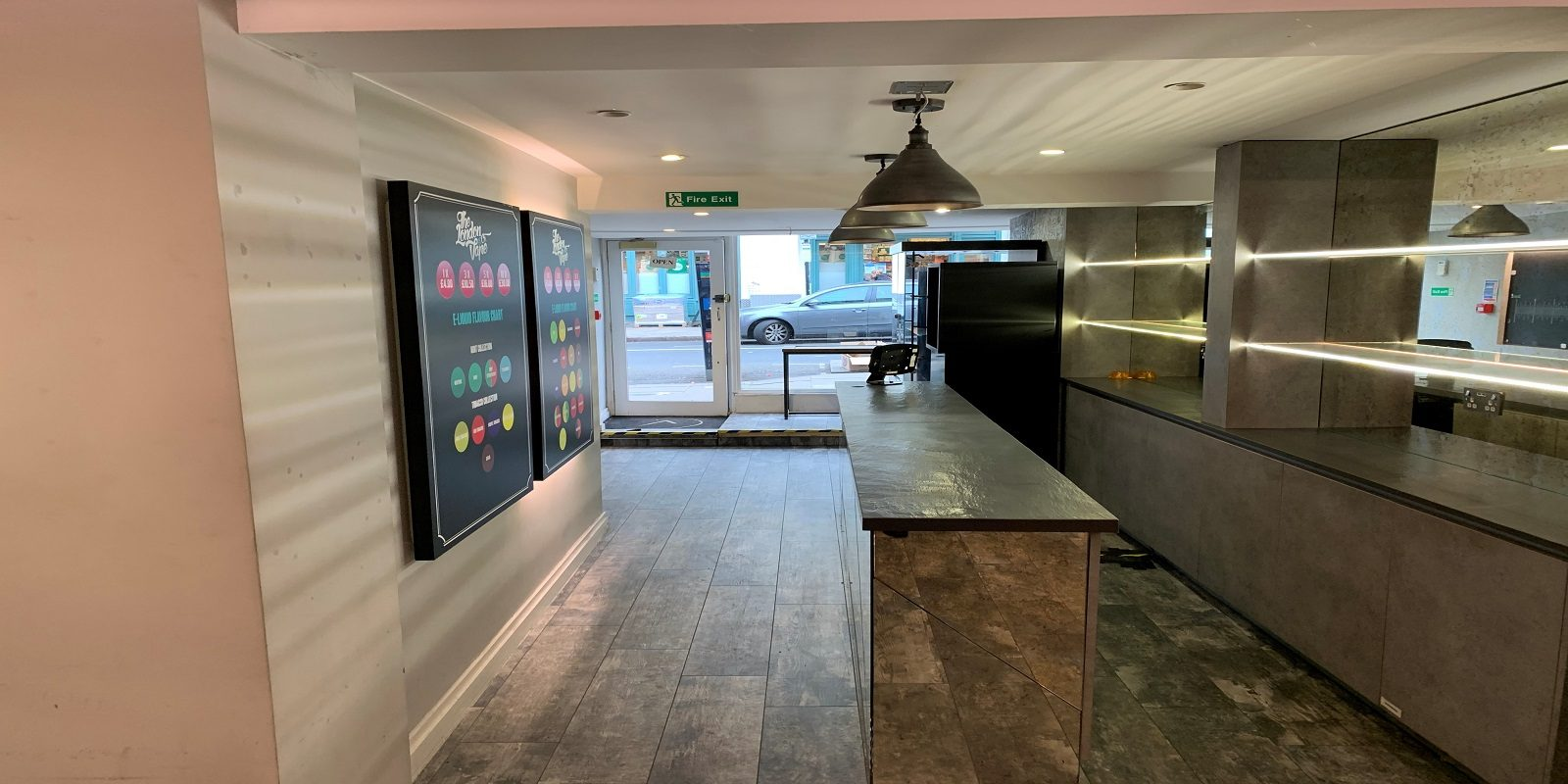 PRIME LOCATION SHOP / OFFICE / RESTAURANT TO LET