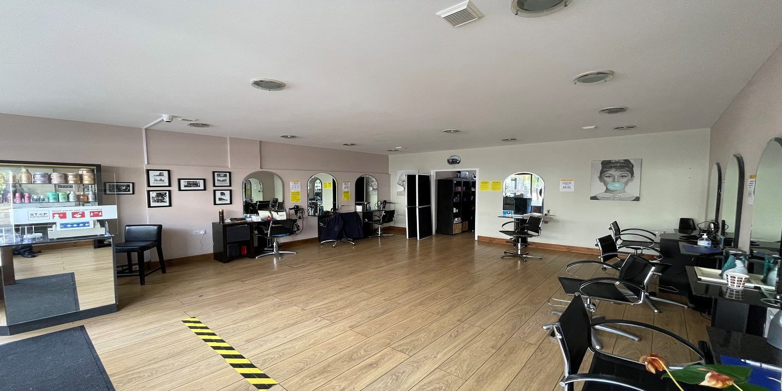 RARE OPPORTUNITY – HAIRDRESSERS FOR SALE IN CHELSEA