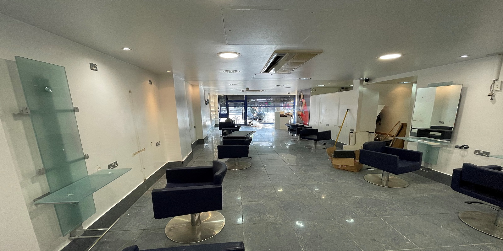 HIGH FOOTFALL – GROUND FLOOR COMMERCIAL PREMISES