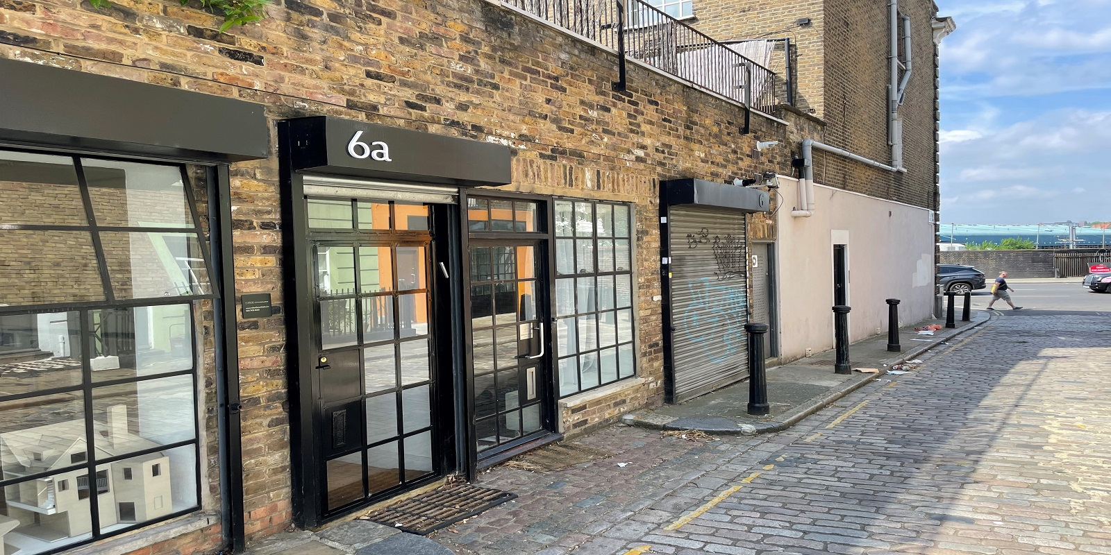 PRIME LOCATION & SELF-CONTAINED GROUND FLOOR OFFICES TO BE LET